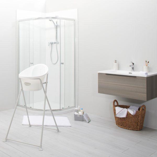 new-folding-bath-stand-lifestyle_square-600x600